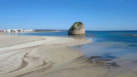 Vacanze a torre pali nel salento offerte torre pali puglia - Torre specchia spiaggia ...