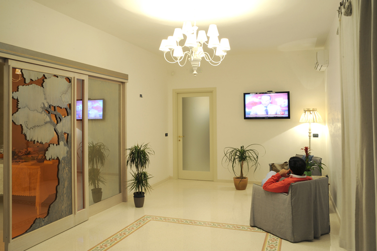 Angolo Tv Willaria Country  House Cursi