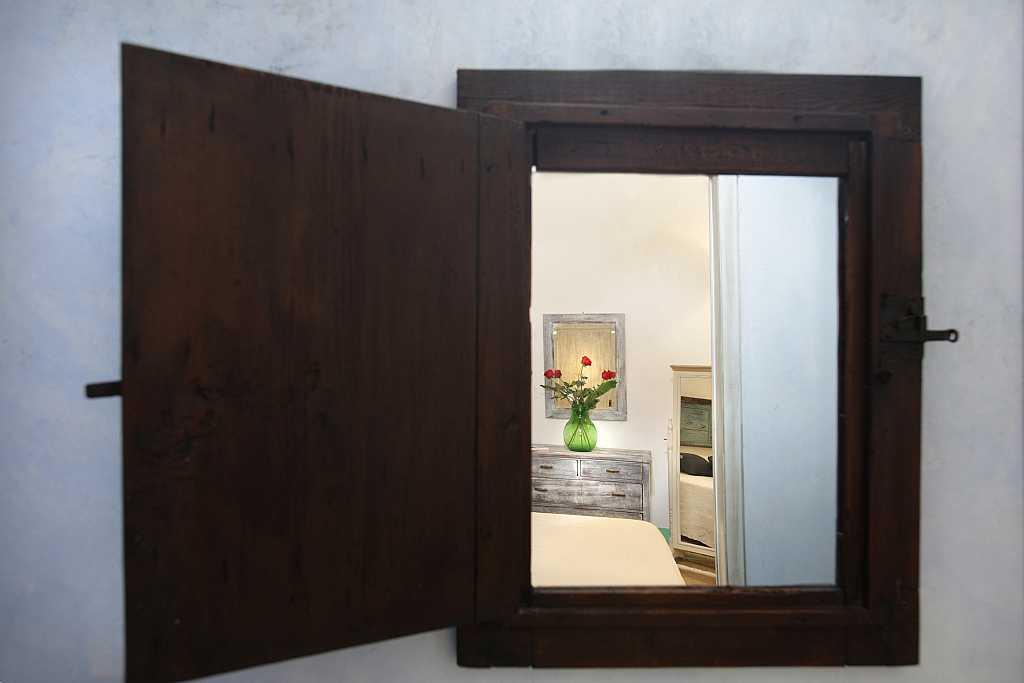 Particolare dalla finestra dimora storica Il campanile Gagliano del Capo