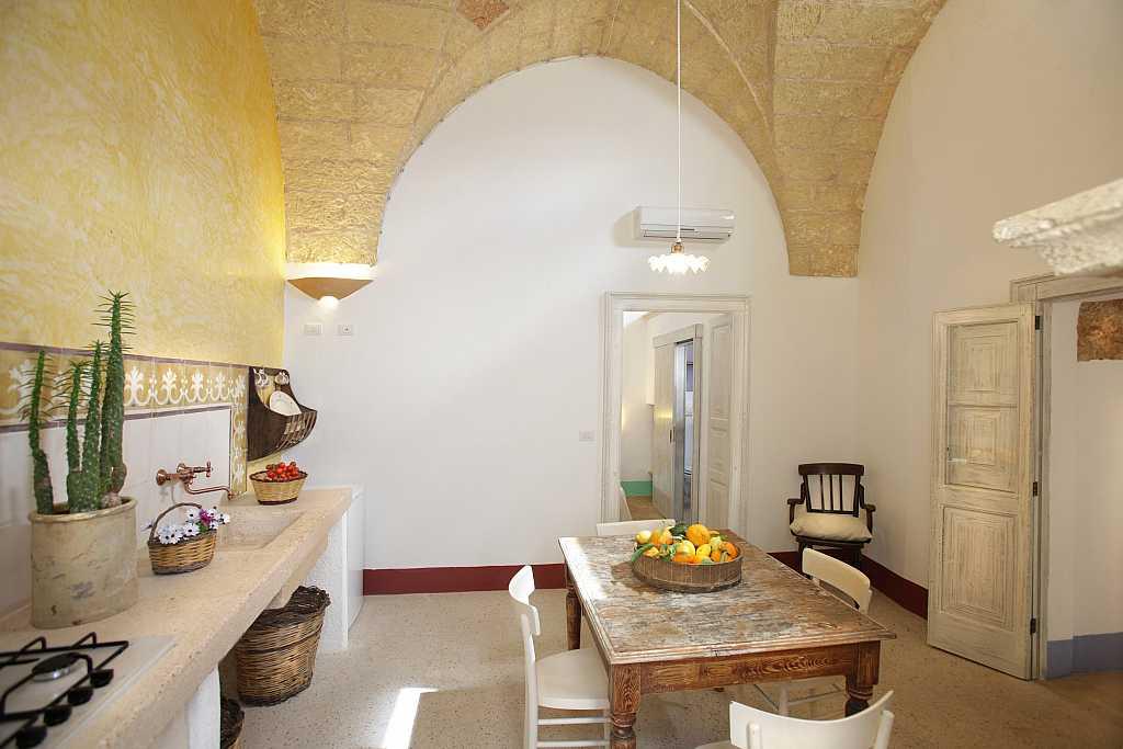 particolare Cucina dimora storica Il campanile Gagliano del Capo