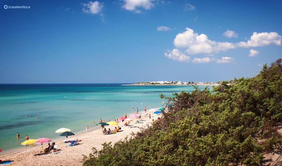 Spiaggia di Punta Prosciutto nei pressi di Porto Cesareo - Torre Lapillo