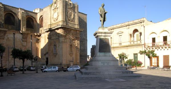 visita guidata nella città di Tricase (Puglia)