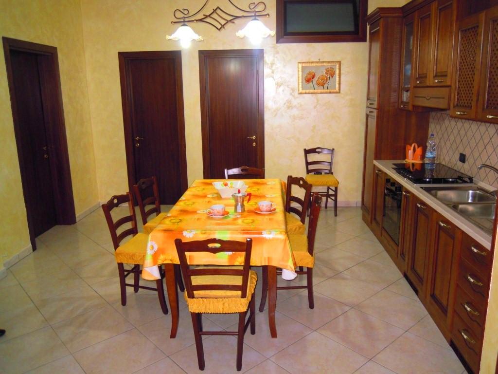 Pranzo con angolo cottura appartamento Marco Porto cesareo