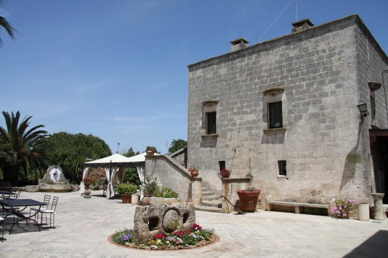 Esterno Dimora storica Masseria Casina die Cari