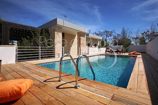 Affitto villa con piscina cala bianca a torre dell 39 orso su for Case in affitto con seminterrato finito