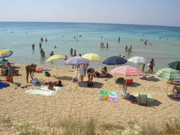 Spiaggia a Torre Pali, Lecce