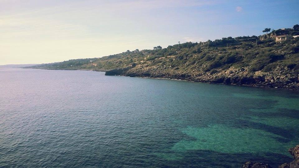 vista mare della costa adriatica di scogliera a Corsano (Lecce)