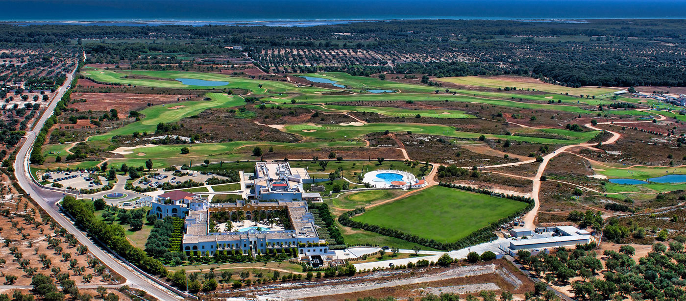 Vista panoramica di Acaya Golf Resort a Lecce