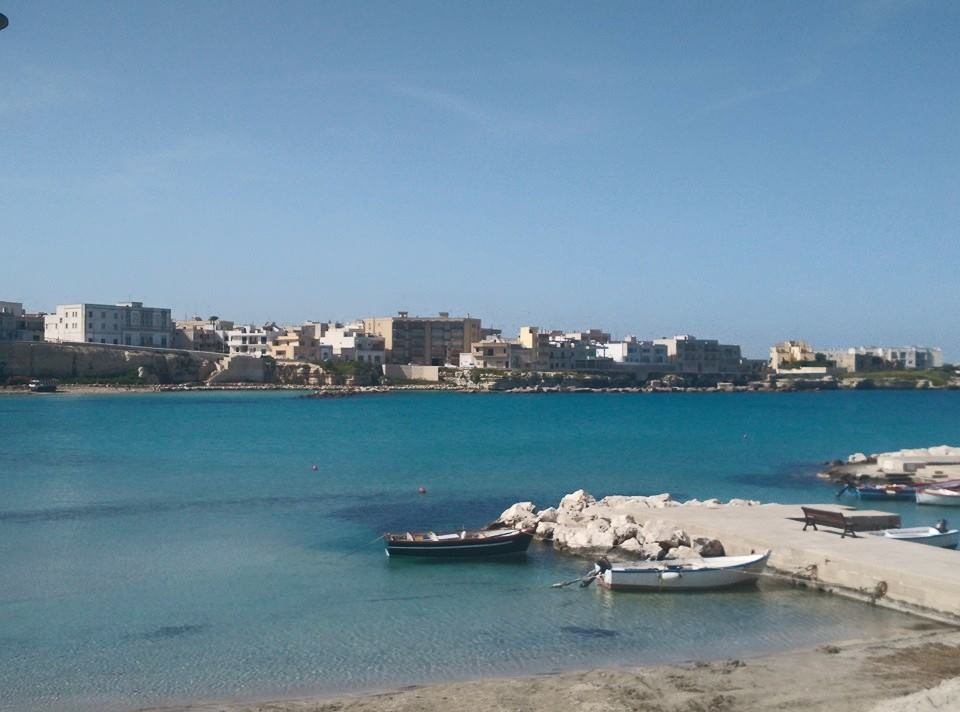mare e spiaggia vicino agli appartamenti in affitto a Otranto