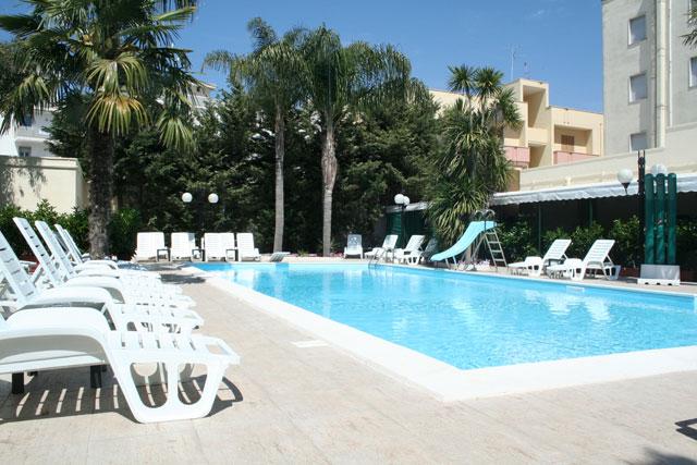 Piscina Hotel Rivabella Gallipoli, Lecce