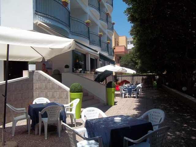 Esterno Hotel Rivabella Gallipoli, Lecce