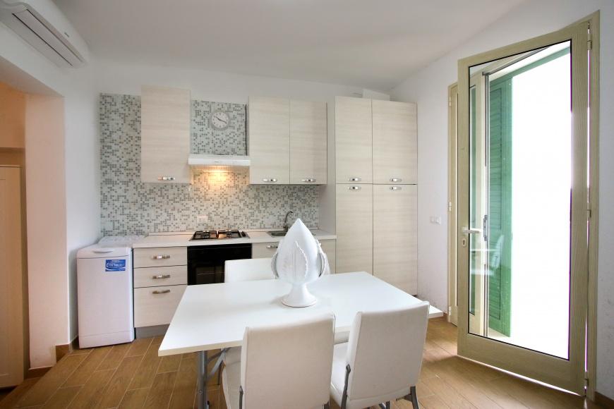Affitto appartamento in villetta vista mare a pescoluse su for Quanto costa costruire appartamenti