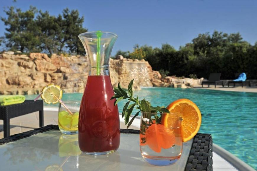 drink in piscina