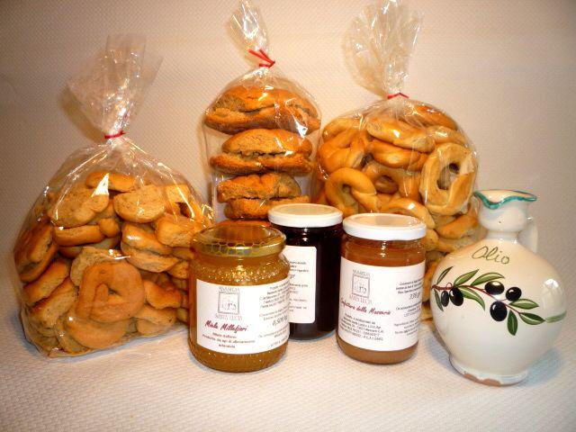 I prodotti geniuini di Masseria Santa Lucia Alessano