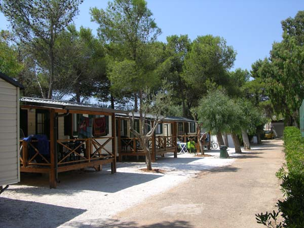campingleuca1.jpg