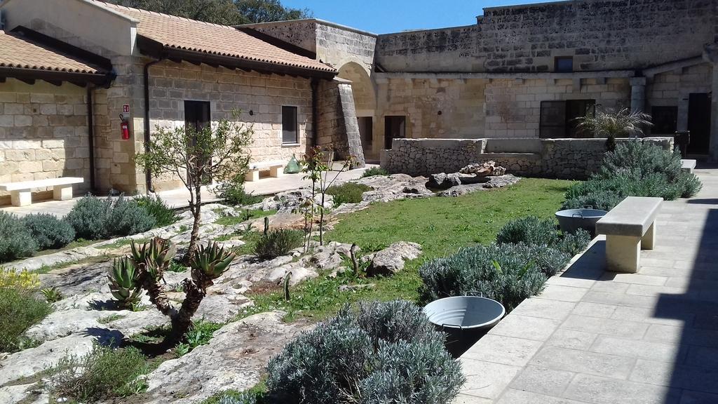 Masseria san cosimo a carpignano salentino su - Masseria con piscina salento ...
