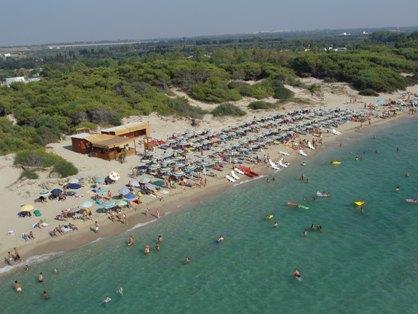Lido balneare del Villaggio dei Pini sulla spiaggia di Padula Bianca a Gallipoli