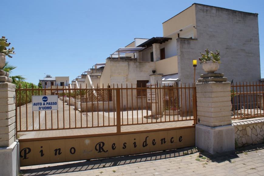 giardino 2 pino residence torrelapillo.it