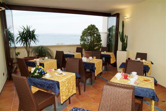 Sala colazione Hotel Bianco, Gallipoli, Lecce