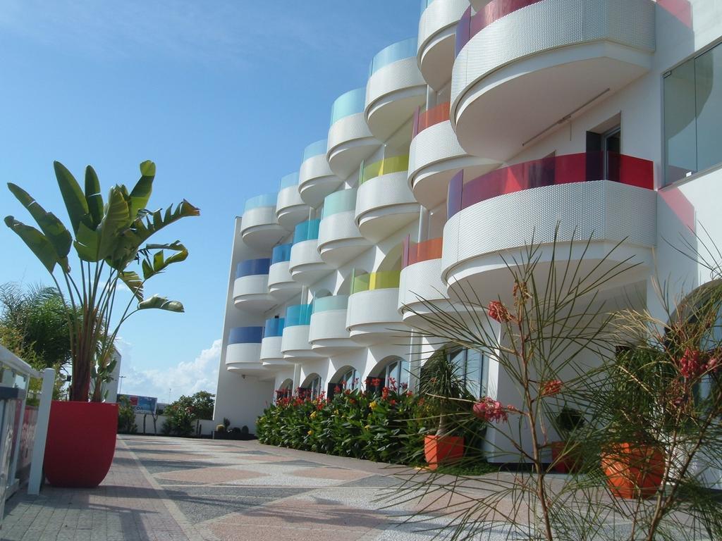 Hotel Riva Del Sole Sul Mare A Porto Cesareo Su Salento It