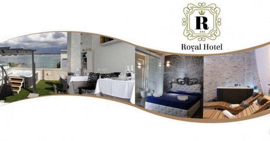 a_royalhotel.jpg