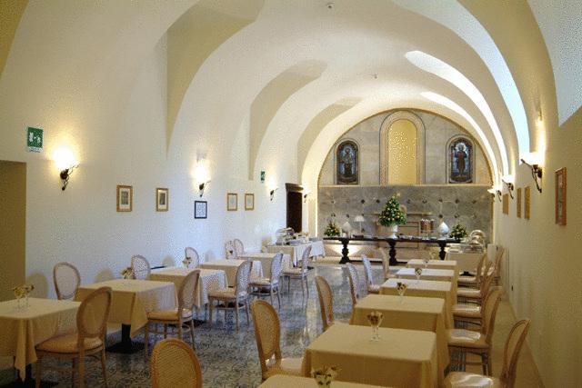 Hotel San Paolo al Convento a Trani su Salento.it