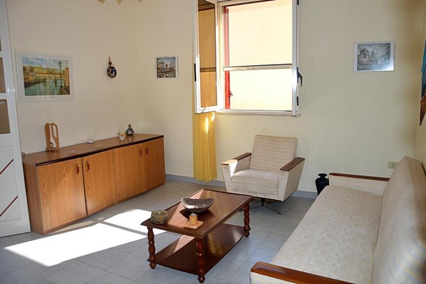 Appartamenti in affitto a lido marini su for Quanto costa costruire appartamenti