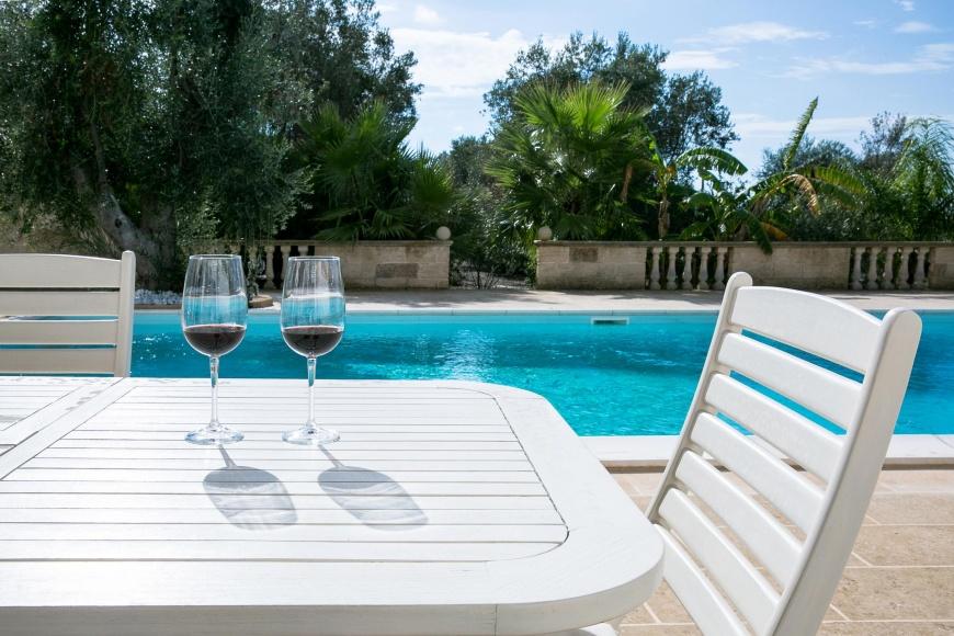 Villa con piscina e idromassaggio a torre suda su - Villa con piscina salento ...