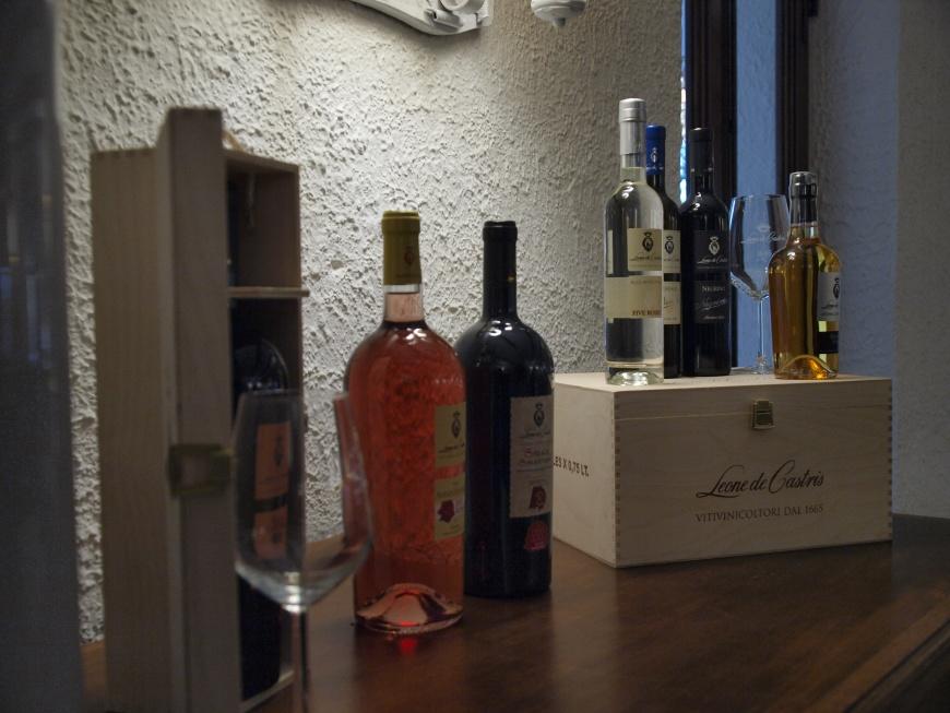 vin Leone de Castris
