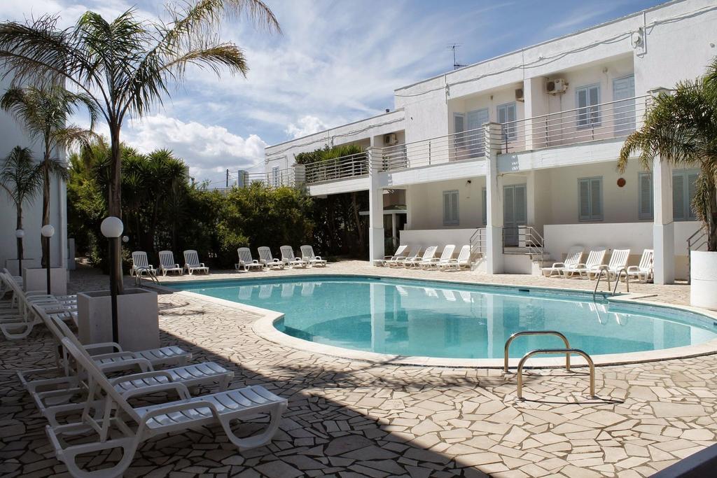 Esterno Hotel Residence Nemo Brindisi, alto Salento, Puglia
