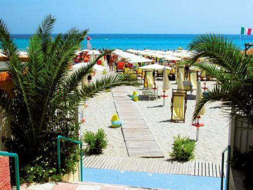 Spiaggia Camping Village Alimini Smile