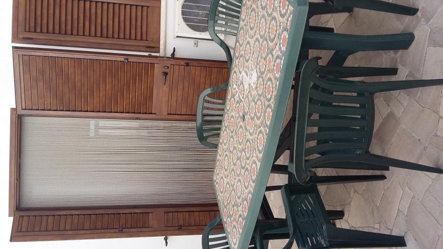 Balcone compreso di tavoli Appartamento P