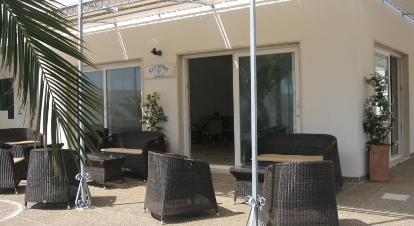 Zona relax presso il Residence Miramare a Torre Vado