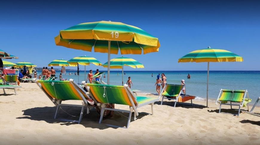 Spiaggia sabbiosa di Torre Pali