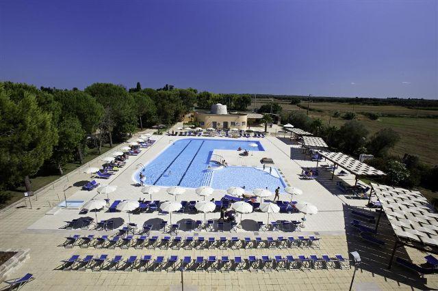 Piscina Dolmen Sport Resort Minervino, Lecce