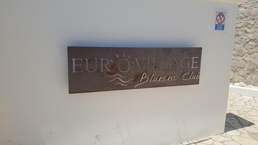 a_eurovillagevillino.jpg