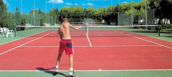 campo da tennis Villaggio Riva degli Angeli Porto Cesareo, Lecce