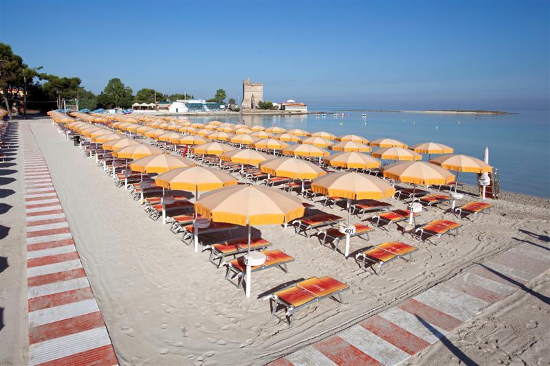Spiaggia Blu salento village Sant'Isidoro, Lecce