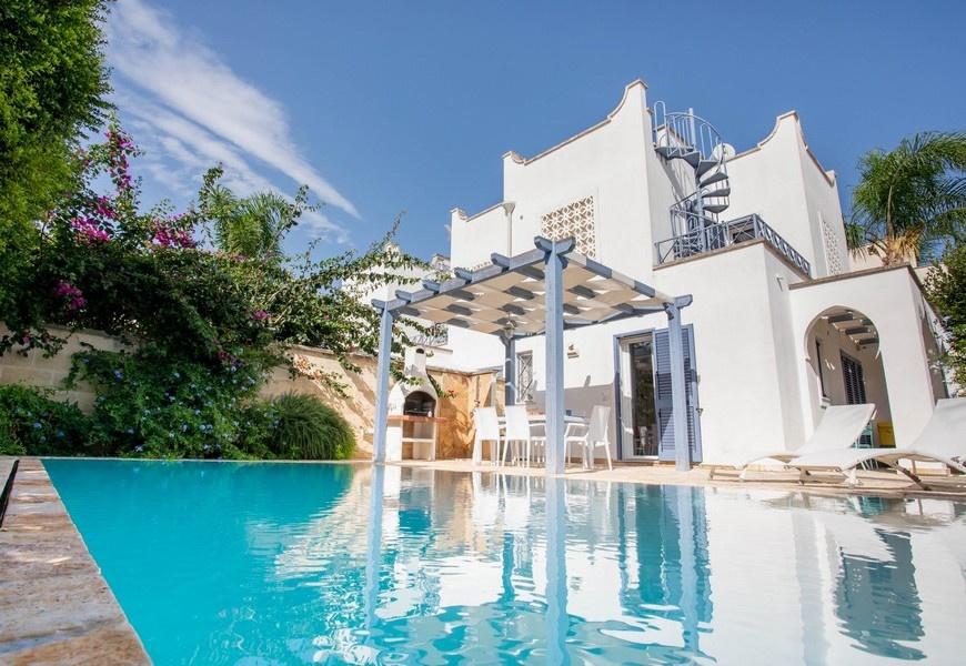 villa_con_piscina_boncore_9547.jpg