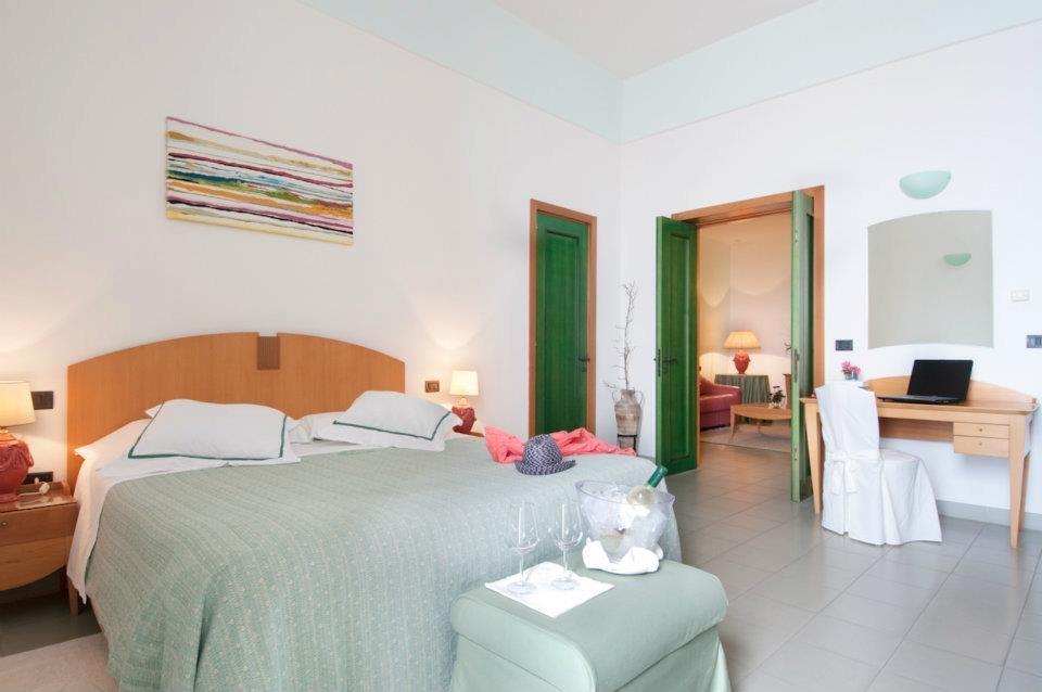 Camera Hotel Mediterraneo Santa Cesarea Terme, Lecce