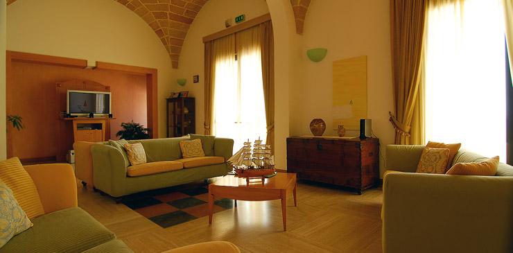 Sala TV Hotel Mediterraneo Santa Cesarea Terme, Lecce