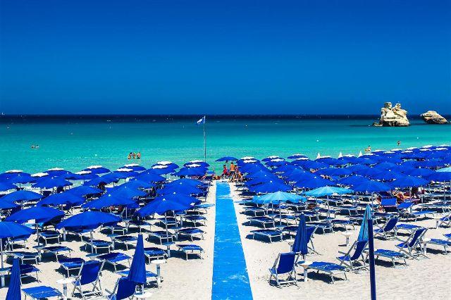 Spiaggia Araba Fenice Village Torre dell'Orso, Lecce