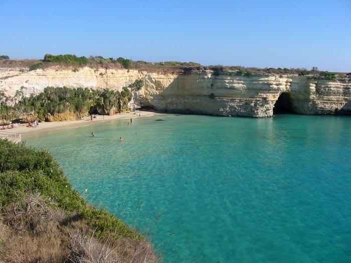 calette di sabbia nei dintorni di Baia dei Turchi (Otranto)