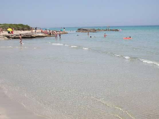 spiaggia di Baia dei Turchi Otranto vicino alle camere in affitto