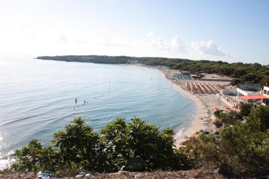 Vista panoramica della spiaggia di Torre dell'Orso
