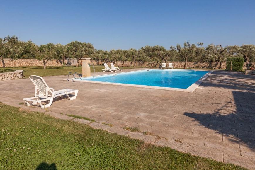 Masseria con piscina privata a palmariggi otranto su - Masseria con piscina salento ...