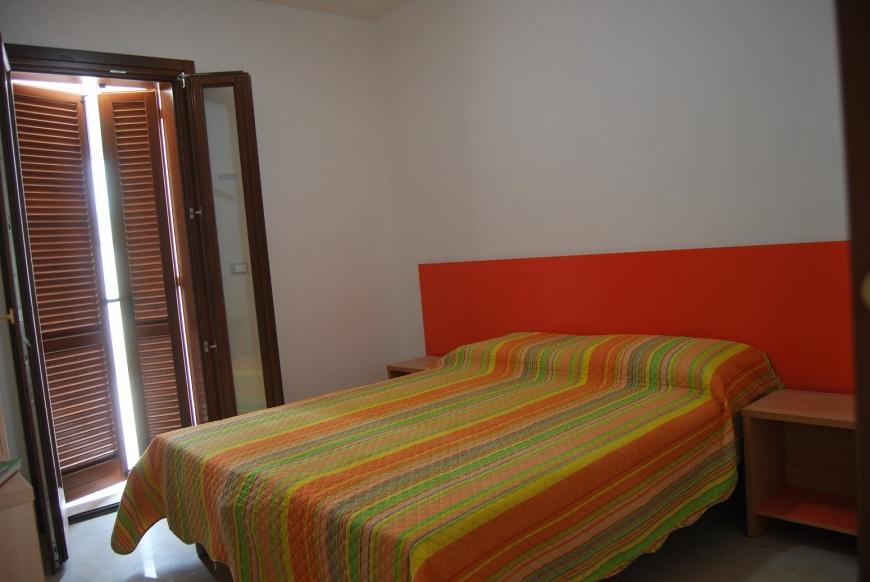 camera da letto (b)