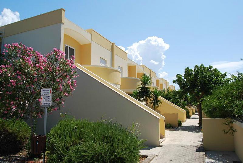 Esterno appartamenti Villaggio Hotel La Giurlita Torre Mozza, Lecce