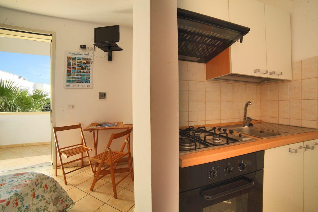 Interni Monolocale Residence Rivamare Club