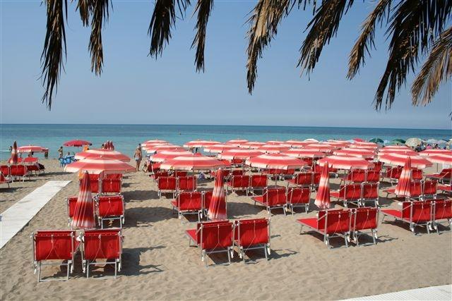Spiaggia ttrezzata Residence Rivamare Torre Mozza, Lecce